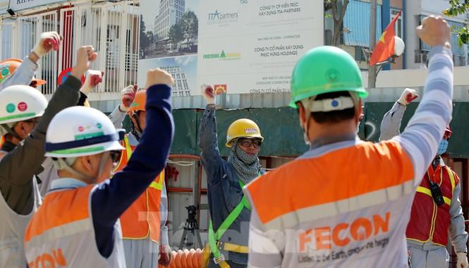 Cận cảnh lắp ráp robot đào hầm 'khủng' nặng 850 tấn thi công Metro Nhổn - ga Hà Nội - ảnh 7