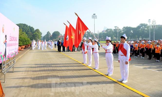 344 đại biểu Đại hội Cháu ngoan Bác Hồ toàn quốc lần thứ IX báo công dâng Bác - ảnh 1