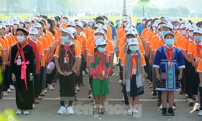 344 đại biểu Đại hội Cháu ngoan Bác Hồ toàn quốc lần thứ IX báo công dâng Bác - ảnh 7