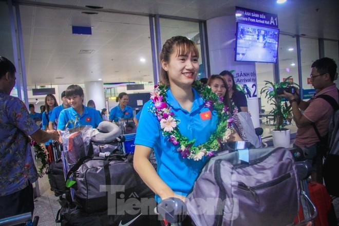 Tuyển nữ 'vinh quy bái tổ', HLV Mai Đức Chung tiết lộ bí quyết thắng Thái Lan - ảnh 5