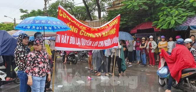 Hàng nghìn công nhân ở Hải Phòng đòi quyền lợi - ảnh 1