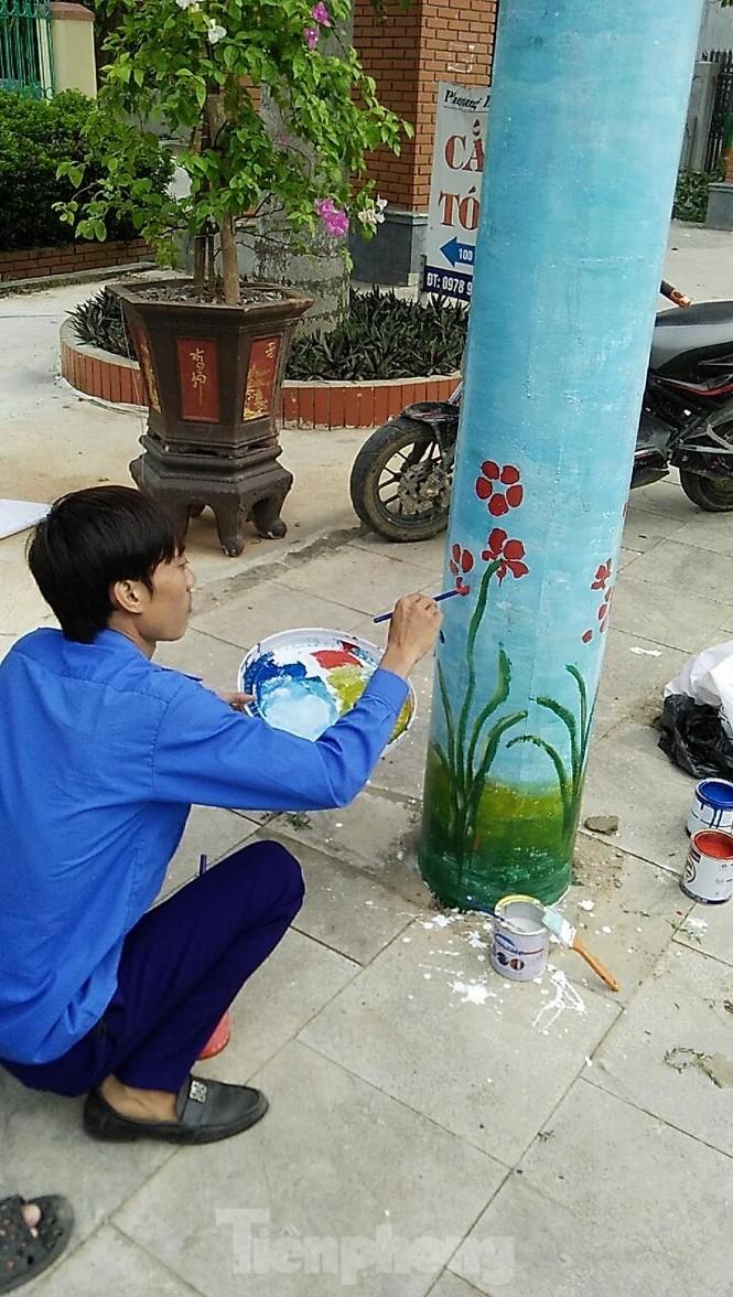 Hàng trăm cột điện 'nở hoa' ở xứ Thanh - ảnh 6