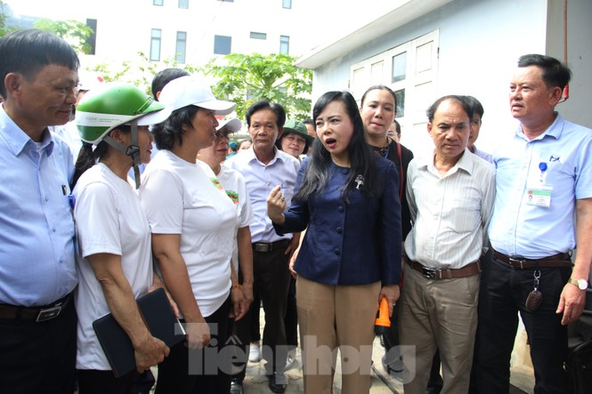 Bộ trưởng Bộ Y tế kiểm tra tình hình sốt xuất huyết tại Đà Nẵng - ảnh 3