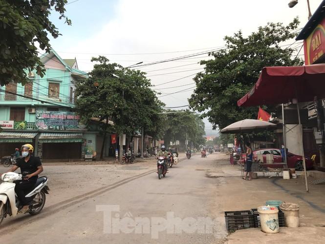 Người dân trong ổ dịch COVID – 19 ở Bắc Giang 'vỡ òa' khi dỡ phong tỏa - ảnh 7
