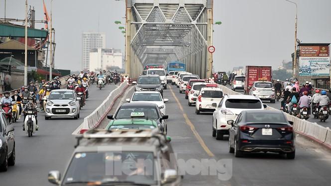 Giao thông nhiều cửa ngõ Thủ đô thông thoáng ngày cuối kỳ nghỉ lễ 30/4 - ảnh 2