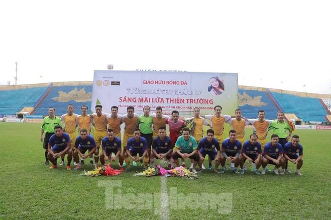 Người hâm mộ bóng đá Thành Nam góp quỹ sửa nhà cho bố mẹ của nữ CĐV tử nạn - ảnh 2