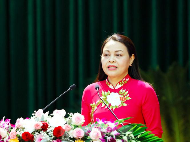 Đại hội đảng bộ TP Đà Nẵng, đại biểu quyên góp được hơn 140 triệu ủng hộ dân vùng bão lụt - ảnh 4