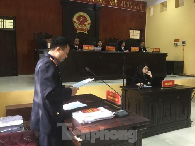Đề nghị tuyên 4 án tử hình đối với các bị cáo do trùm Voòng cầm đầu - ảnh 2