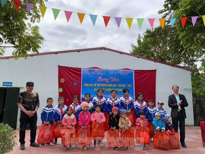 Giúp trẻ nhỏ vượt khó ở Lạng Sơn - ảnh 1