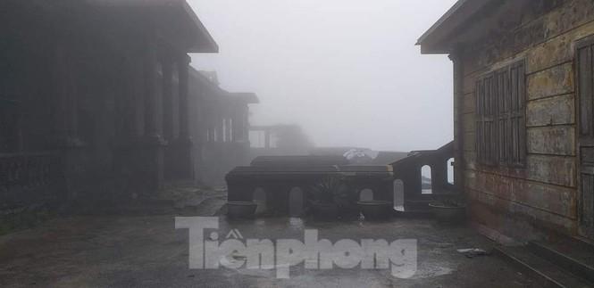 du khách náo nức lên Mẫu Sơn ngóng tuyết  - ảnh 2