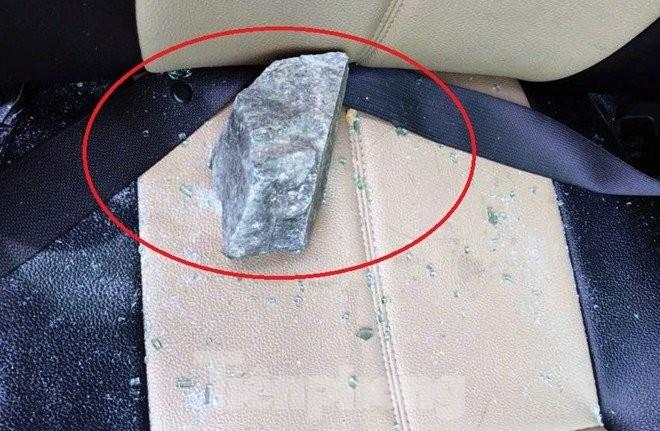 Làm rõ 5 đối tượng ném đá trên đường cao tốc  - ảnh 1