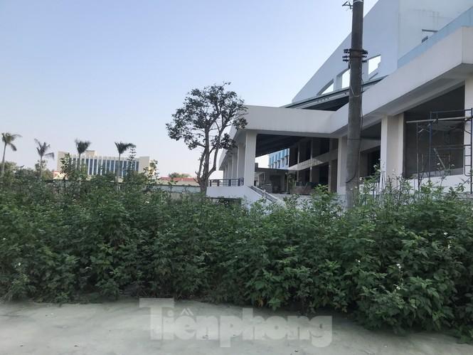 Cận cảnh dự án bệnh viện nghìn tỷ chậm tiến độ ở Nghệ An - ảnh 5