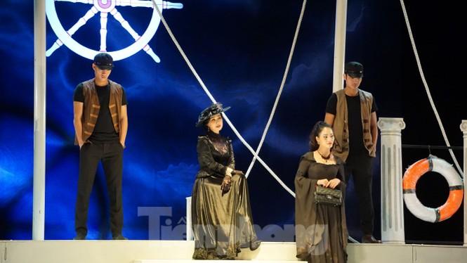 NSND Lan Hương tái xuất mẹ chồng ác nghiệt trong 'Người mẹ trước vành móng ngựa' - ảnh 3