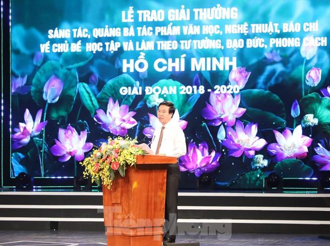 Toàn cảnh lễ trao giải tác phẩm học tập Chủ tịch Hồ Chí Minh - ảnh 3