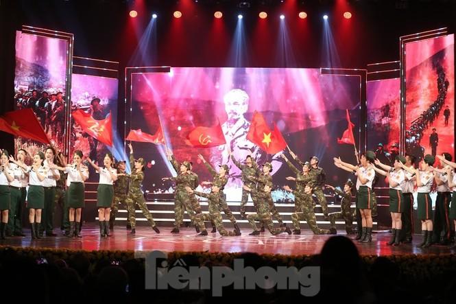 Toàn cảnh lễ trao giải tác phẩm học tập Chủ tịch Hồ Chí Minh - ảnh 7