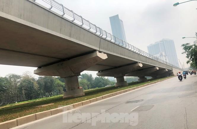 Cận cảnh đoạn metro Hà Nội vừa bị đòi bồi thường 19 triệu USD - ảnh 9