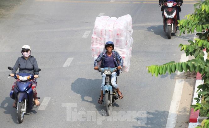 Xe máy 'hết đát' đại náo đường phố Sài Gòn - ảnh 8