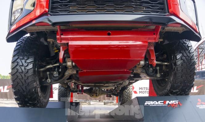'Cận cảnh' chiếc xe cùng đội đua Việt Nam chinh phục giải Rally châu Á - ảnh 5