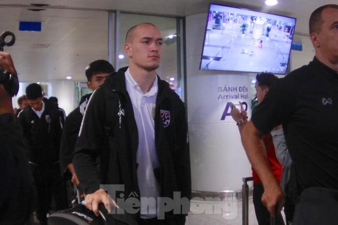 Tuyển Thái Lan đã đến Hà Nội, sẵn sàng quyết đấu với tuyển Việt Nam - ảnh 4