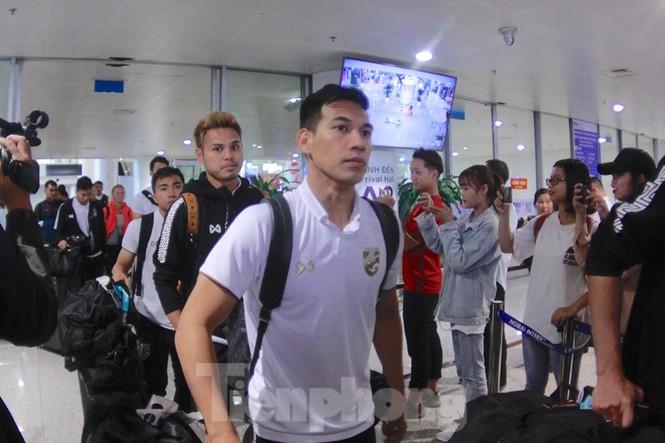 Tuyển Thái Lan đã đến Hà Nội, sẵn sàng quyết đấu với tuyển Việt Nam - ảnh 6