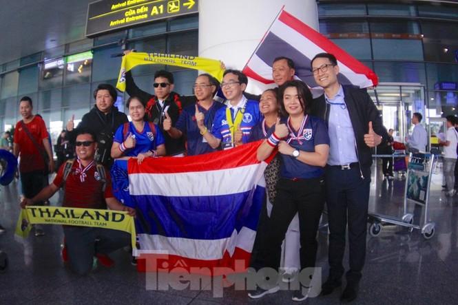 Tuyển Thái Lan đã đến Hà Nội, sẵn sàng quyết đấu với tuyển Việt Nam - ảnh 12