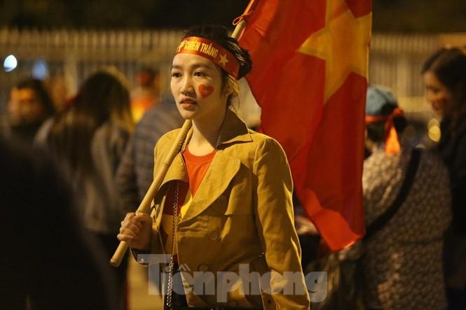Bóng hồng Việt Nam và Thái Lan 'đọ sắc' trước đại chiến Mỹ Đình - ảnh 4