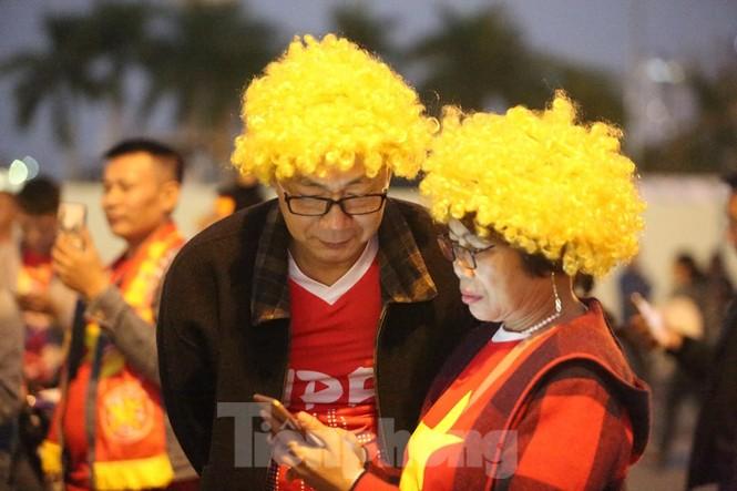 'Tôn Ngộ Không' đến cổ vũ đội tuyển Việt Nam - ảnh 6