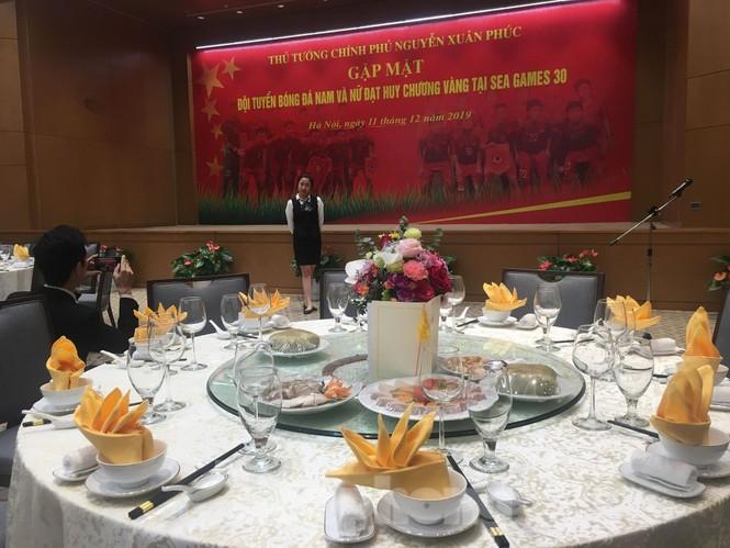Bữa tiệc mừng các tuyển thủ Việt Nam ở Văn phòng Chính phủ có gì? - ảnh 3