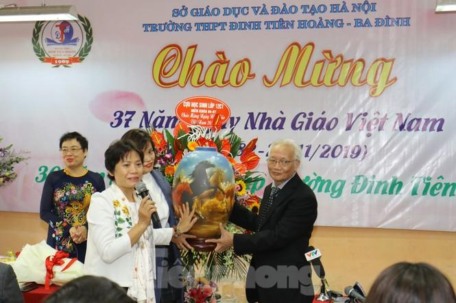 Phó Thủ tướng dự lễ kỷ niệm 20/11 tại ngôi trường 'không chọn lọc đầu vào' - ảnh 3