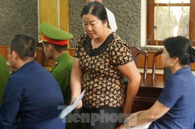 Xử gian lận thi ở Sơn La: Không giao việc, triệu tập 27 nhân chứng quan trọng - ảnh 2