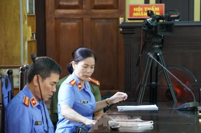 Xử gian lận thi ở Sơn La: Không giao việc, triệu tập 27 nhân chứng quan trọng - ảnh 6