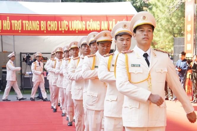 Công an Hải Dương đưa lực lượng chính quy về làm việc tại cấp xã - ảnh 2
