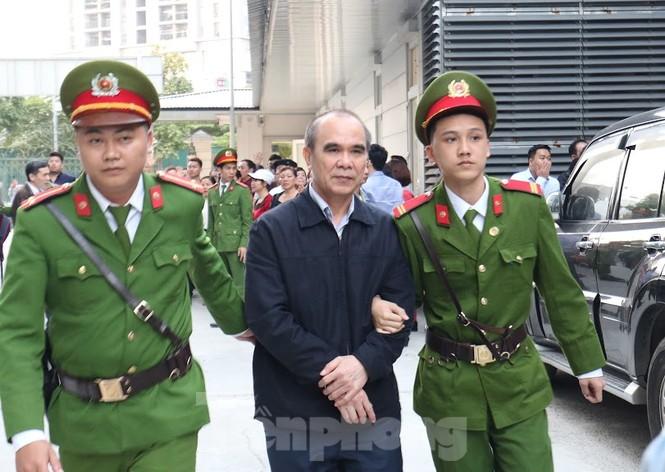 Kiểm sát viên: 'Ông Nguyễn Bắc Son phải là tấm gương đạo đức nhưng lại tha hóa' - ảnh 3