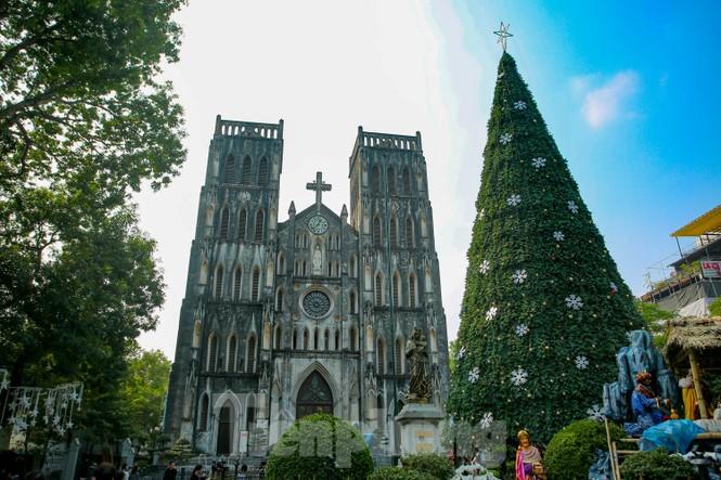 Mùa Giáng sinh về trên đường phố Hà Nội - ảnh 9