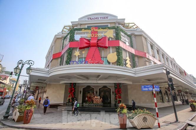 Mùa Giáng sinh về trên đường phố Hà Nội - ảnh 13