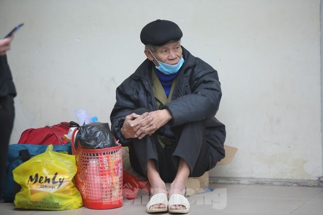 Bệnh viện Hà Nội những ngày rét đậm - ảnh 3