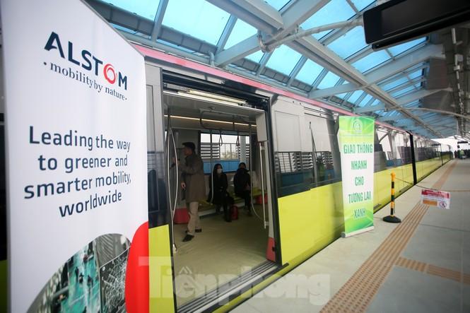 Có gì bên trong đoàn tàu metro Nhổn - ga Hà Nội? - ảnh 13