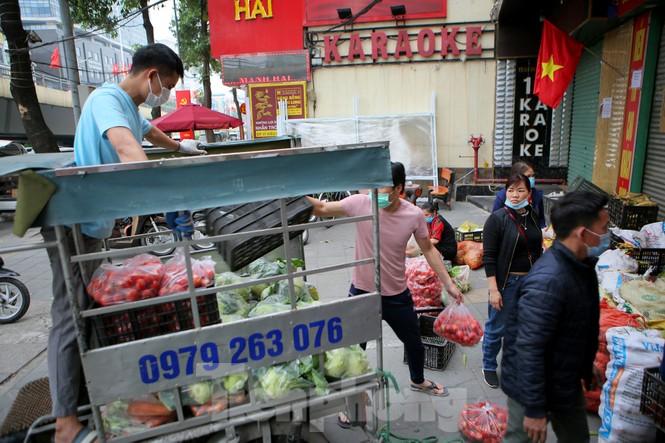 Nhóm tình nguyện giải cứu 30 tấn nông sản từ Hải Dương xuống phố Hà Nội - ảnh 13