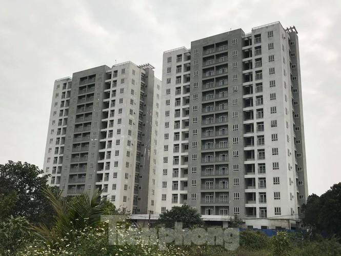 5 tòa chung cư tái định cư nằm trên đất vàng bị 'bỏ hoang' ở Hà Nội - ảnh 1