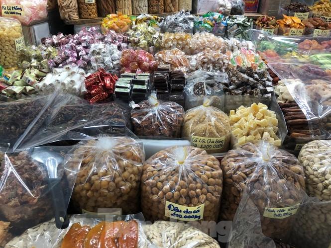 TPHCM: Ngành chức năng xét nghiệm tìm 'thực phẩm bẩn' tại chợ, siêu thị - ảnh 4