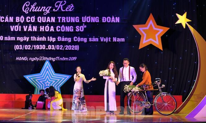 Hiện tượng 'siêu to khổng lồ', Táo quân lên sân khấu hội thi văn hóa công sở - ảnh 8