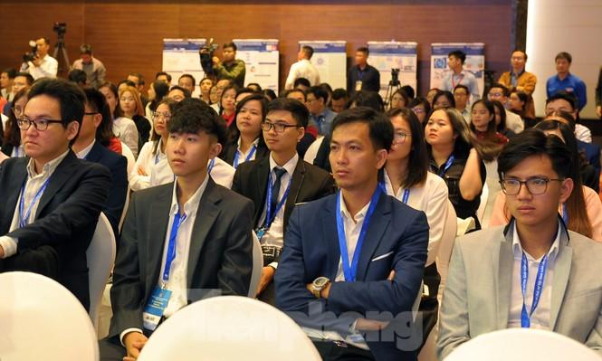 Toàn cảnh lễ khai mạc Diễn đàn Trí thức trẻ Việt Nam toàn cầu lần thứ II - ảnh 8