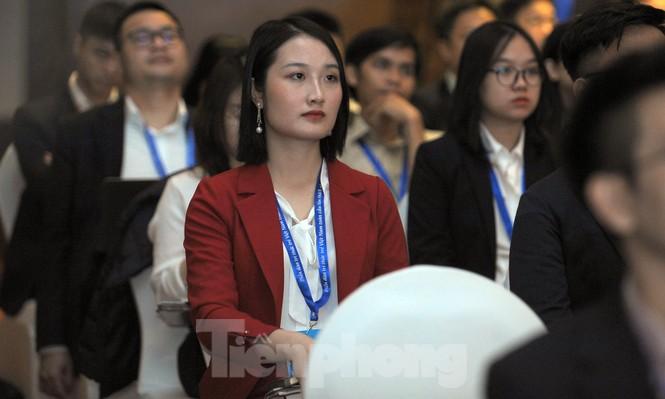 Toàn cảnh lễ khai mạc Diễn đàn Trí thức trẻ Việt Nam toàn cầu lần thứ II - ảnh 9