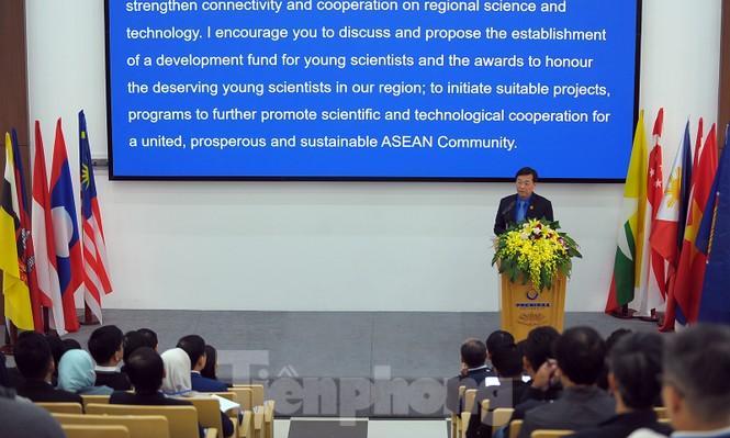 Cơ hội nhà khoa học trẻ đề xuất giải pháp giải quyết thách thức  - ảnh 1