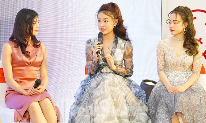 Hotgirl Việt khoe sắc cùng Hoa hậu Hàn Quốc  - ảnh 5
