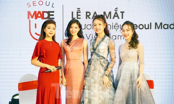 Hotgirl Việt khoe sắc cùng Hoa hậu Hàn Quốc  - ảnh 1