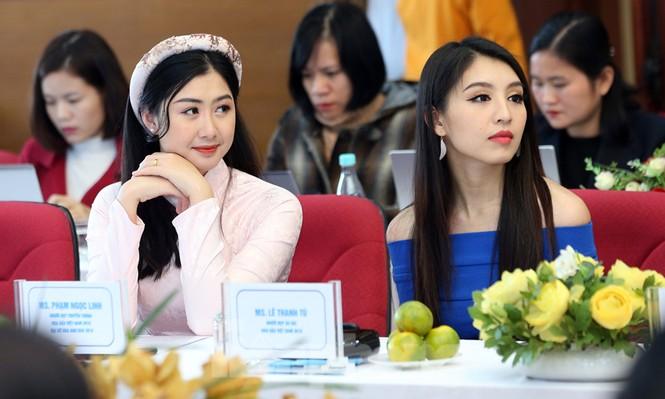 Người đẹp Lê Thanh Tú gợi cảm đầm xanh, Phạm Ngọc Linh duyên dáng áo dài - ảnh 5