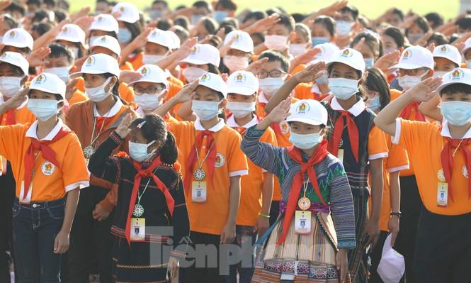 344 đại biểu Đại hội Cháu ngoan Bác Hồ toàn quốc lần thứ IX báo công dâng Bác - ảnh 4