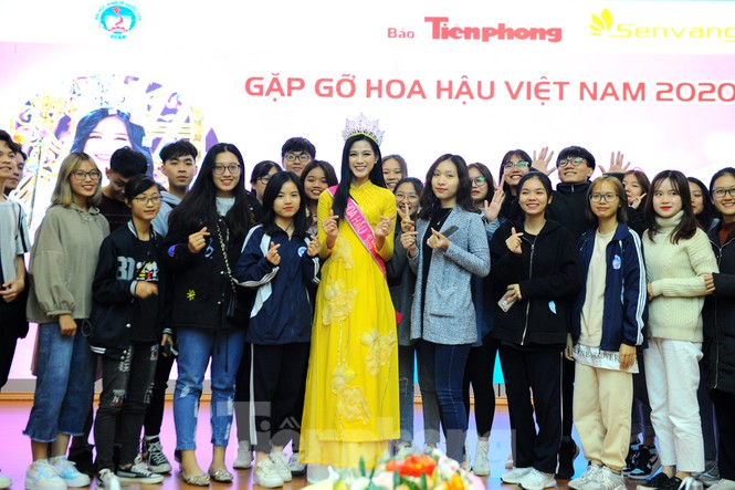 Hoa hậu Việt Nam 2020 Đỗ Thị Hà và lời hứa 'mời cả lớp đi du thuyền' - ảnh 9