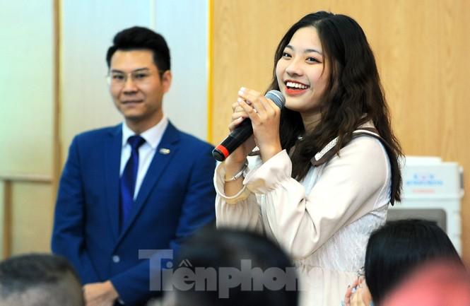 Hoa hậu Việt Nam 2020 Đỗ Thị Hà và lời hứa 'mời cả lớp đi du thuyền' - ảnh 4